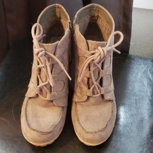 Womens maurice's wedge booties